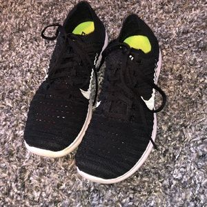 Nike Free RN Flyknits